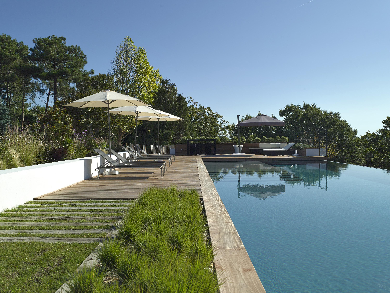 Piscine carr de r ve for Reve bleu piscine